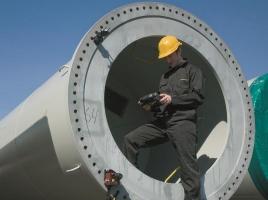 Pomiar plaskosci kolnierza przy pomocy urzadzenia Easy-Laser E915
